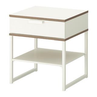 IKEA ベッドサイドテーブル