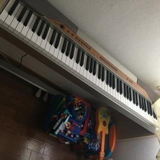 電子ピアノ CASIO px110