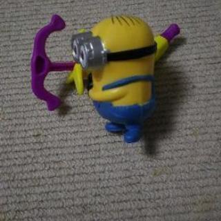 ハッピーセットのおもちゃがかぶった為交換希望です。