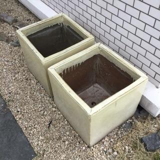 陶器 植木鉢   大型  2個