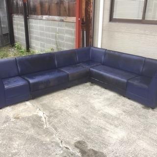 スナック、キャバクラなどのソファ
