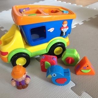 アメリカで人気!色、形に親しむ音楽の出るトラック(美品)