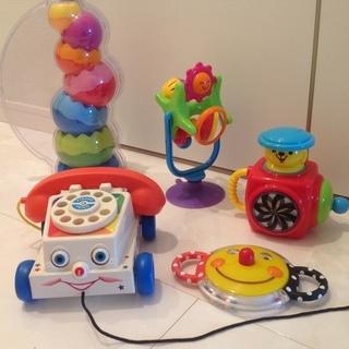 赤ちゃんから遊べるおもちゃ5点セット