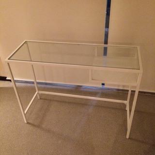 ガラストップのテーブル (ガラス ...