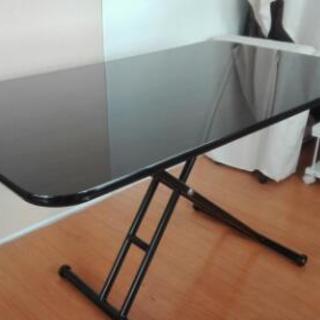 〈美品〉高さ調節できるテーブル