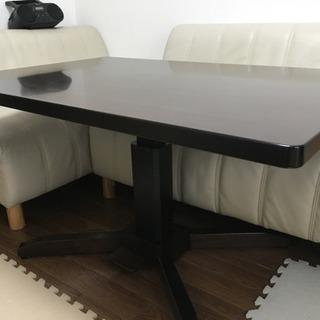 ソファ付きテーブル
