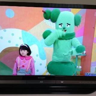 AQUOSTVテレビ&リモコン2つ