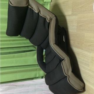 リクライニング 角度多段階調節可能 座椅子