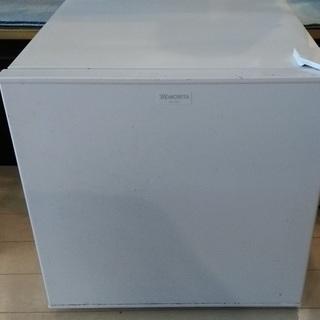 【壊れてます】小型冷蔵庫 0円
