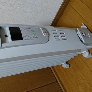 8/20までデロンギ オイルヒーター KHD410812-LG 4...