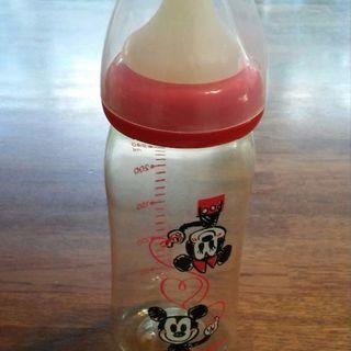 ピジョン母乳実感プラスチックボトル240ml