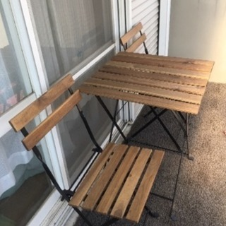 IKEA テーブル&チェア2つセッ...