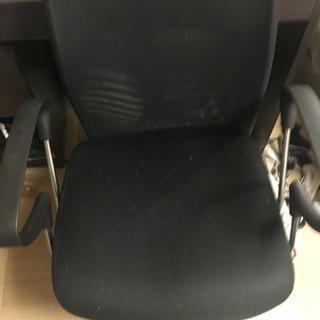 椅子譲ります