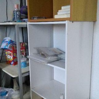 シンプル木材本棚×2個(美品)残り1個