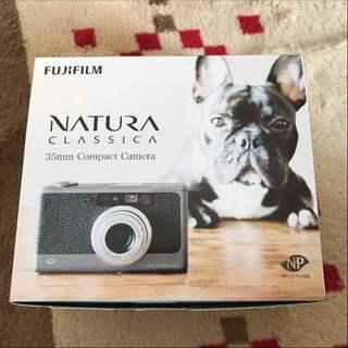 ほぼ新品!naturaclassica n コンパクトフィルムカメラ