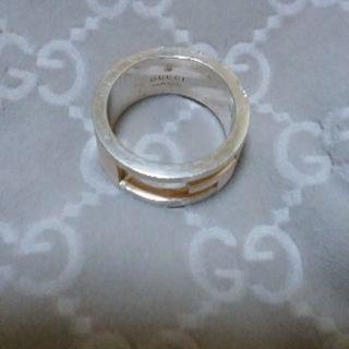 女性用GUCCIの指輪(9号)