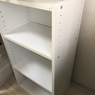 木製の三段本棚