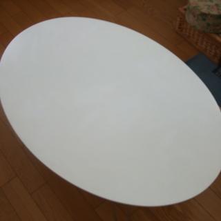 楕円形折りたたみテーブル