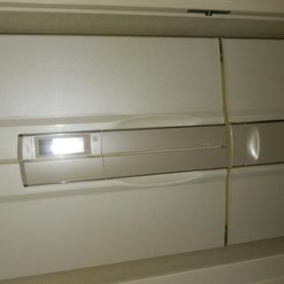 冷蔵庫!無料で差し上げます。