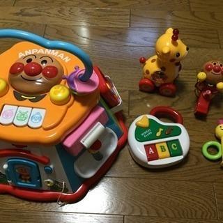 0歳〜1歳児のおもちゃ6点セット売ります