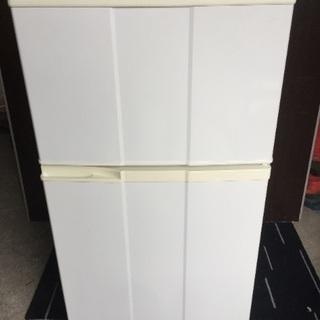 98㍑ コンパクト2ドア冷蔵庫🚪🐟💦