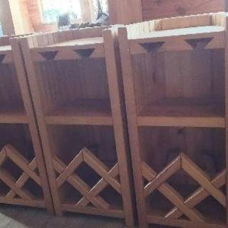 木製のワインラックです