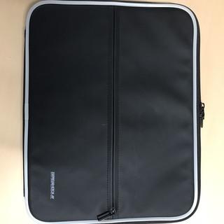 ノートパソコン用キャリングバッグ 取りに来られた方に差し上げます。