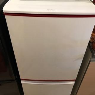 【超便利】SHARP製 冷蔵庫 137ℓ 両開き対応