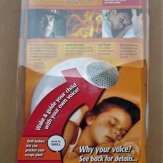 親の声で呼びかける煙感知器☆Smoke Detecter☆未使用品