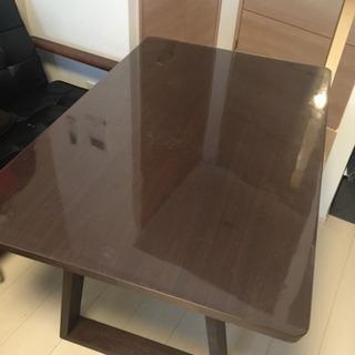 【値下げしました】デザイナーズダイニングテーブル(カバーつき)