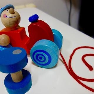 3つの木製おもちゃ