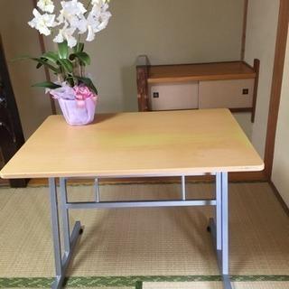 多用途テーブル  机、キッチンにも...