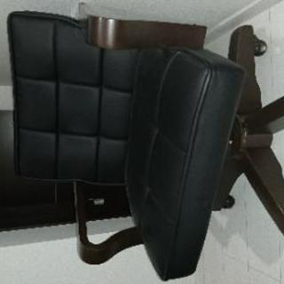 コロコロつきの椅子