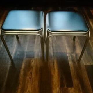 無料☆パイプ椅子2脚セット