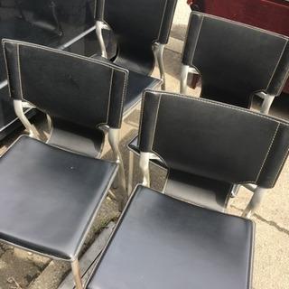 椅子4脚 合皮 スチール脚?黒