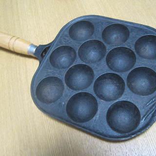 柄付きたこ焼き器 鉄製 おうちのコンロやカセットコンロでお使いください。
