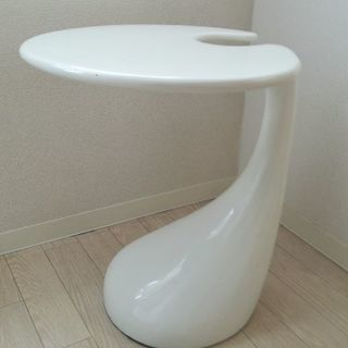 テーブル おしゃれなホワイトテーブル