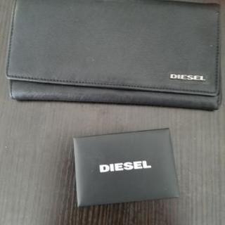 DIESEL 2つ折り長財布