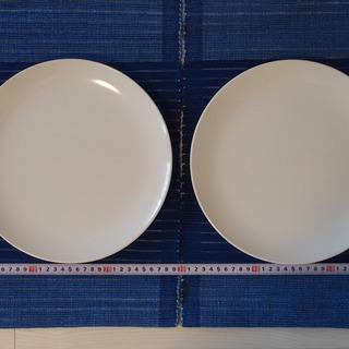 IKEA 白い大皿2枚セット 27センチ