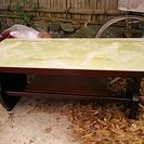 中古品木製大理石調テーブル
