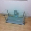 ガラスのテレビボード 5/10引き取り可能な方