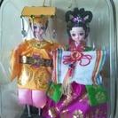 綺麗な衣装のお人形