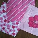 ピンクのお花柄クッションカバー三点セット
