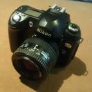初心者向け 一眼レフカメラ Nikon D70