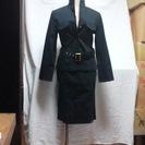 ブラックのストレッチコットンスカートスーツ<お値下げしました>