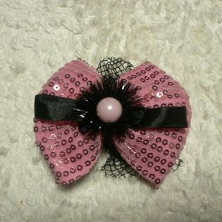 髪飾り ハロウィンにも。ピンクのキラキラリボン
