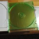CDケース33個有ります。差し上げます中古品。