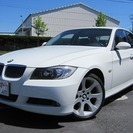 BMW 3シリーズ 323i (ホワイト) セダン