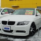 BMW 3シリーズ 323i Mスポーツパッケージ (ホワイト...