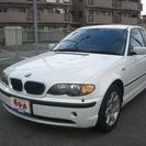 BMW 3シリーズ 318i (ホワイト) セダン